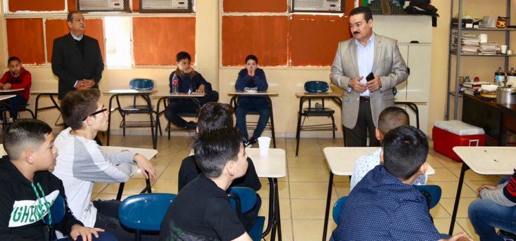 Llama Víctor Guerrero a sumarse en evitar daños a  escuelas en vacaciones