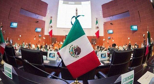 Senado recibe la iniciativa de AMLO para eliminar fuero a presidente