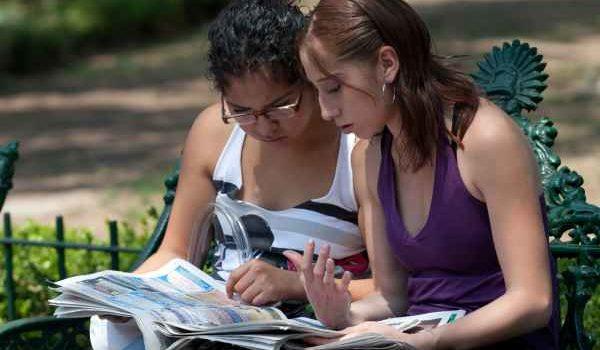 Jóvenes becarios tendrán sólo dos oportunidades de empleo: Luisa María Alcalde