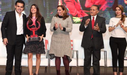 Otorgan a Sylvana Beltrones medalla Luis Donaldo Colosio