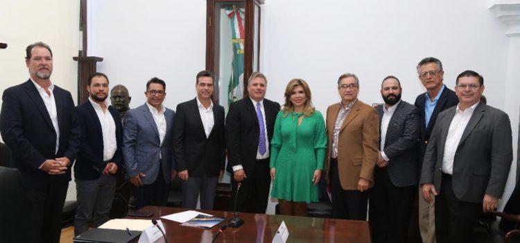 Anuncia Gobernadora Pavlovich primer crucero que zarpará de Puerto Peñasco