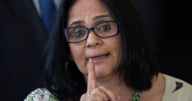 'Los niños de azul y las niñas de rosa', declara ministra brasileña