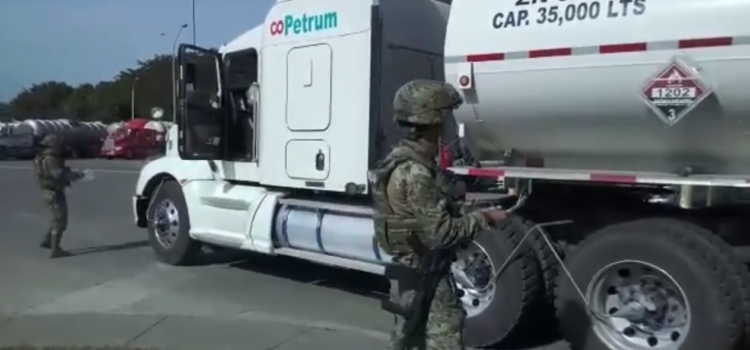 Ejército resguarda refinería de Tamaulipas; prohíben a empleados usar celulares