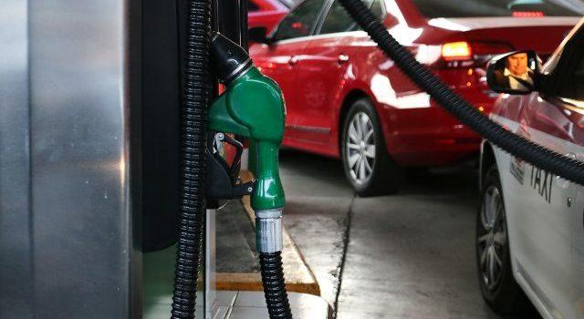 Inflación se desacelera en primera quincena de enero por baja en gasolina