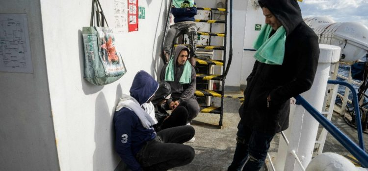 España rescata a 549 migrantes en el Mediterráneo