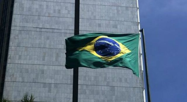 Brasil privatizará o liquidará unas 100 empresas estatales