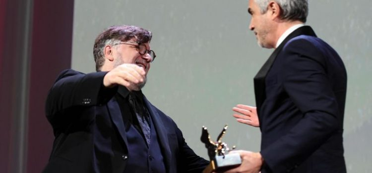 """Guillermo del Toro hace 10 observaciones a """"Roma"""", de Alfonso Cuarón"""