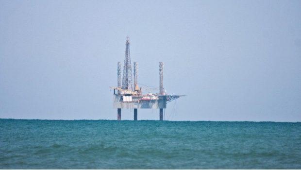 También hay huachicoleo en el Golfo de México, asegura AMLO