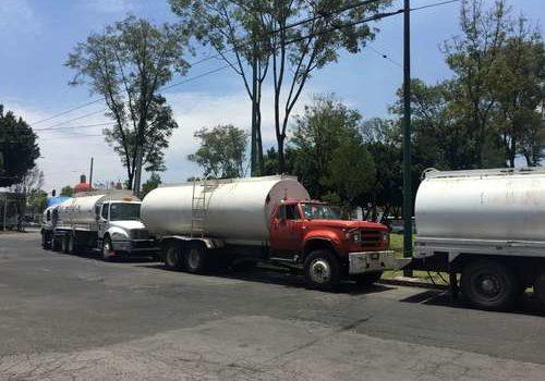 Secuestran pipas de gasolina en municipio de Chihuahua