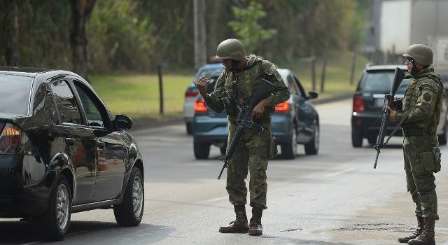 AMLO revira y acepta dotar de mando civil a Guardia Nacional