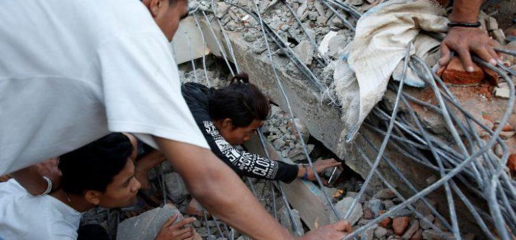 Golpea sismo de 7.0 grados este de Indonesia