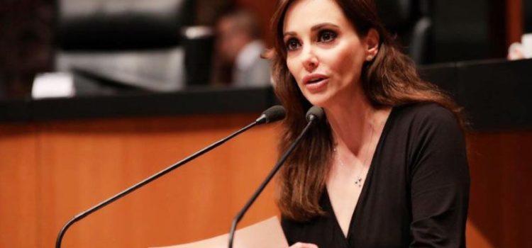 Lilly Téllez exige que regrese atención médica a las víctimas ABC