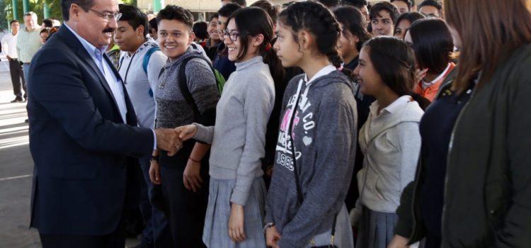Valora SEC a 46 mil estudiantes del sur de Sonora que pudieran requerir lentes