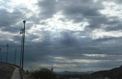 Cielos nublados por frente frío se esperan hoy en Sonora