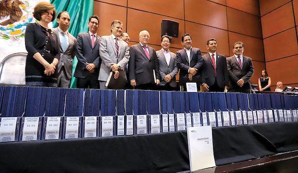 NAIM, Huachicol, estancias… coinciden criticas al gasto entre AMLO y ASF
