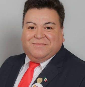 Se resiste Rodolfo Lizárraga a dejar la coordinación del PT en el Congreso