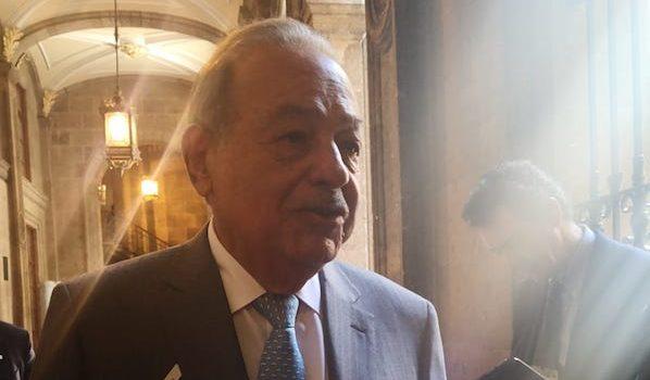 Órganos reguladores frenan la inversión: Carlos Slim