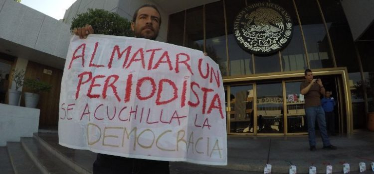La CNDH condena asesinato de locutor en Sonora