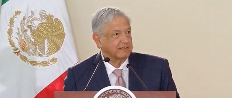 Aeropuerto de Santa Lucía, será administrado por la Sedena: López Obrador