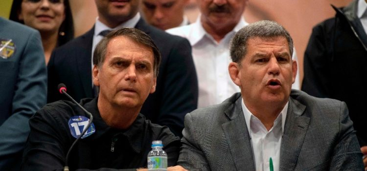Bolsonaro destituye al secretario general de la presidencia de Brasil