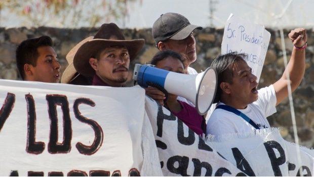 """Senador de Morena califica como """"provocación"""" asesinato de activista"""