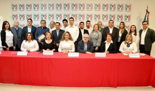 Motiva ErnestoDe Lucas a nueva dirigencia de Fundación Colosio en Hermosillo.