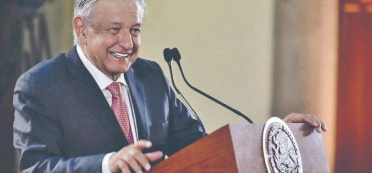 AMLO asegura que va a contradecir a Banxico