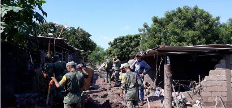 Entregan hasta 120 mil pesos a familias damnificadas por 'Willa'