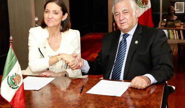 España y México firman acuerdo para compartir regulación de Airbnb