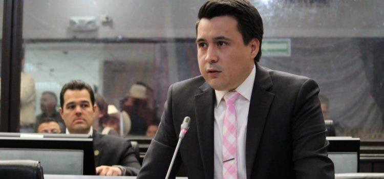 Vamos por una Ley de protección de Defensores de Derechos Humanos y Periodistas progresista: Eduardo Urbina Lucero
