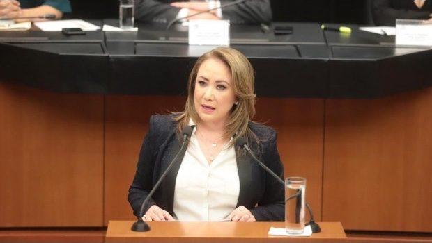 """Candidata a SCJN se pronuncia """"a favor de la vida"""" y pide revisar adopción entre parejas LGBTI"""