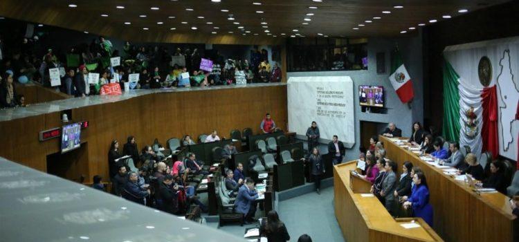 Nuevo León prohíbe el aborto con derecho a la vida desde la concepción