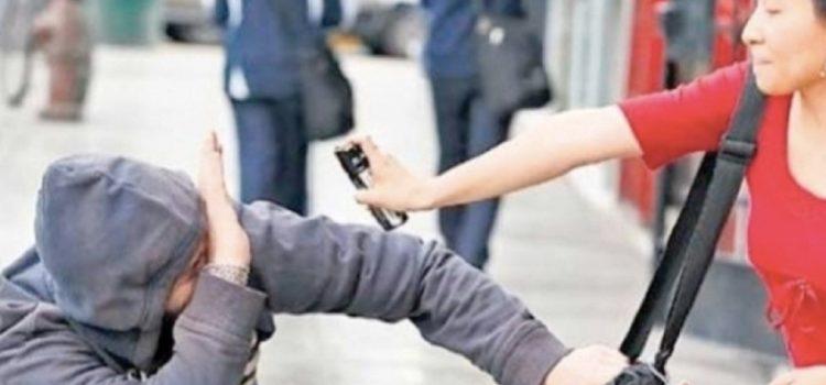 Morena propone que mujeres usen inmovilizadores y gas pimienta para defensa