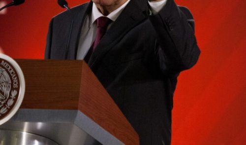 No busco pleito, dice López Obrador sobre documental