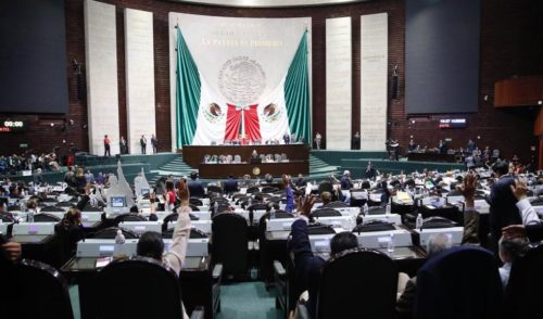 Diputados 'planchan' acuerdo para reforma educativa