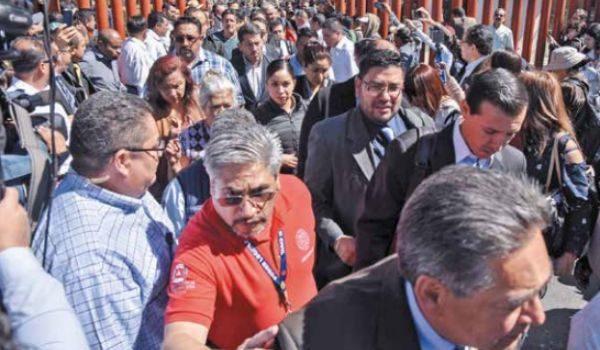 CNTE protesta, y diálogo sigue empantanado