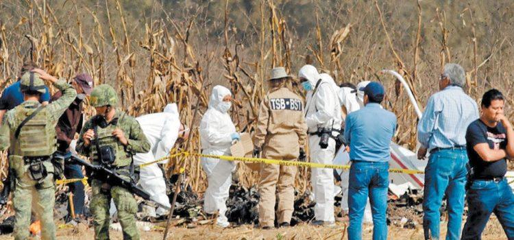 El fuego consumió la bitácora del helicóptero caído en Puebla: SCT