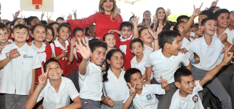 Invita Gobernadora a niñez sonorense a tener buena higiene bucal