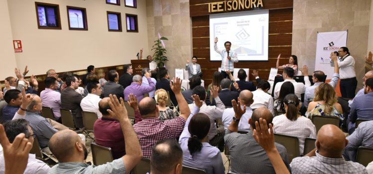 """Presenta IEE Sonora libro """"Dossier de la Democracia"""""""