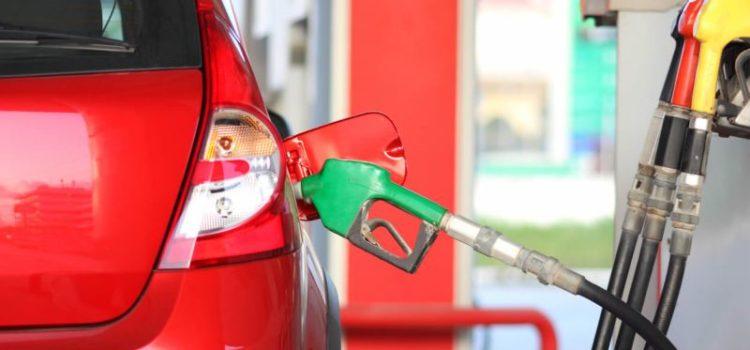El precio más alto para la gasolina regular es de 22.99 pesos, dice AMLO