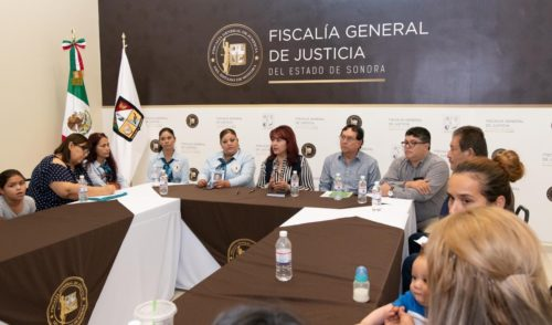 """Respalda Fiscalía de Sonora a """"guerreras buscadoras"""" de cuerpos"""