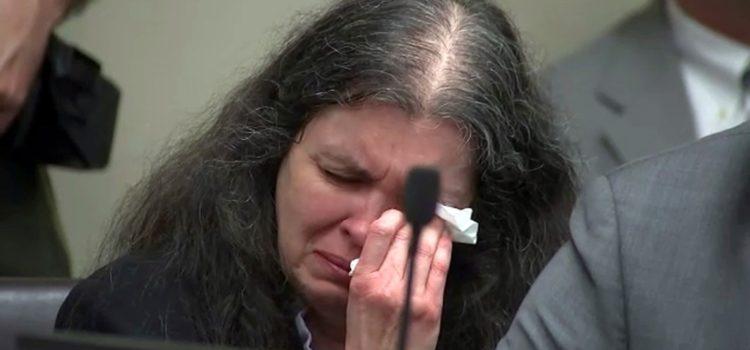 Dan cadena perpetua a pareja que torturó a 12 hijos en EU