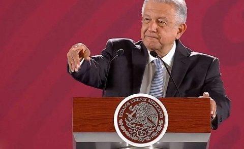 Los maestros no son corruptos: afirma López Obrador