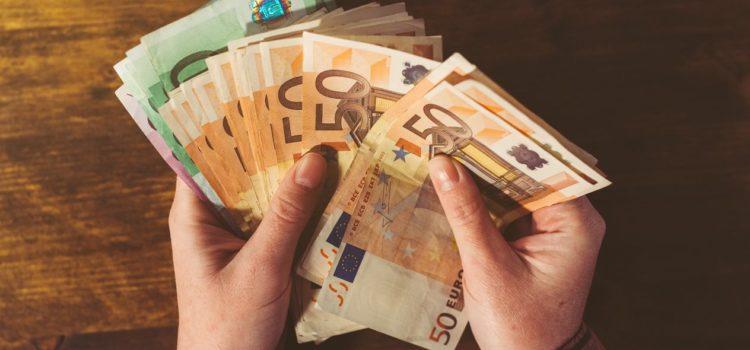 Gobierno de AMLO coloca deuda por 2,500 millones de euros