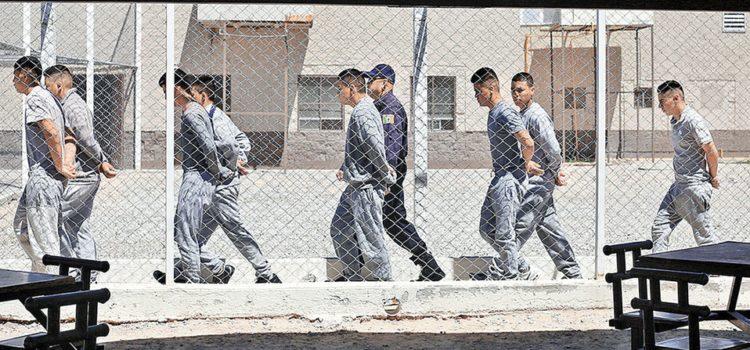 Inegi: en el país, 5 mil 888 niños bajo proceso o con sentencia