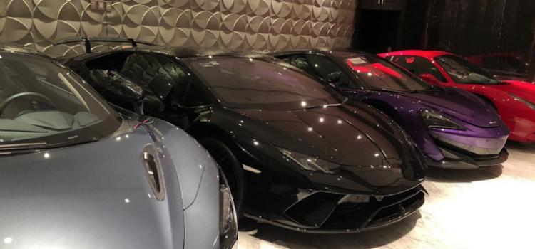 Cae banda de hackers, les decomisan Ferraris y cientos de millones de pesos robados