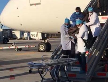 Muere japonés en aeropuerto de Hermosillo al ingerir más de 200 envoltorios de droga