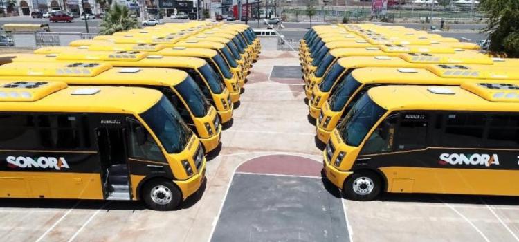 Cumple Gobernadora con nuevo transporte escolar para las comunidades apartadas