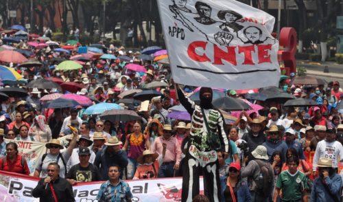 """Dice López Obrador que no tiene """"diferencias de fondo"""" con la CNTE"""
