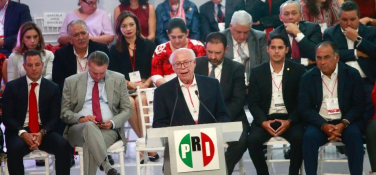 Líder del PRI debe declinar a buscar la Presidencia en 2024: Narro